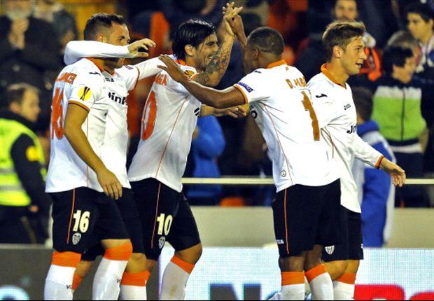Los jugadores festejando el gol de la victoria