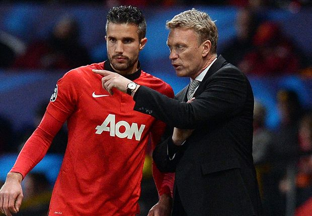 Manchester United boss Moyes hoping for Van Persie 'miracle'