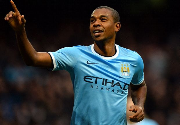 TEAM NEWS: Fernandinho starts for Manchester City as Barcelona bench Neymar