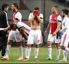 Ajax snijdt zichzelf in de vingers