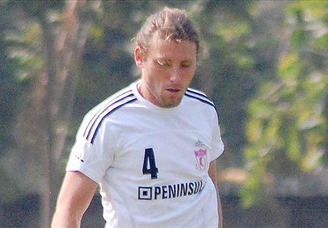 Dempo SC sign Calum Angus