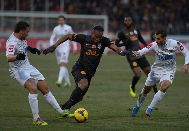 Fenerbahce fertigt Akhisar ab - Galatasaray verpasst Anschluss