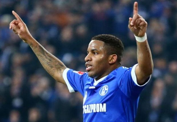 Schalke can finish ahead of Dortmund, insists Farfan