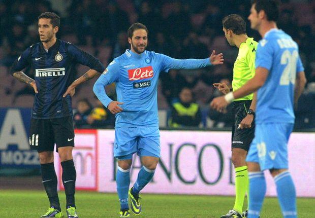 Mertens belangrijk voor Napoli in Serie A-topper