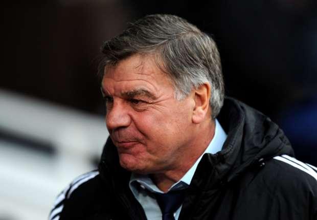 West Ham boss Allardyce in talks with unnamed striker
