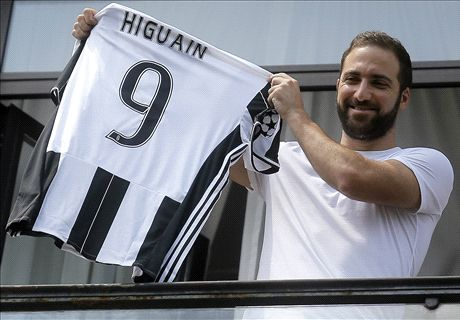 'Choker' Higuain a big risk for Juventus