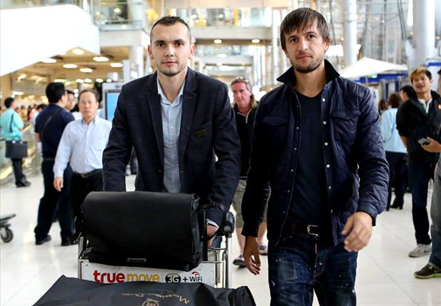 Gjosevski (L) and Tasevski during their trip to Thailand; photo: goal.com