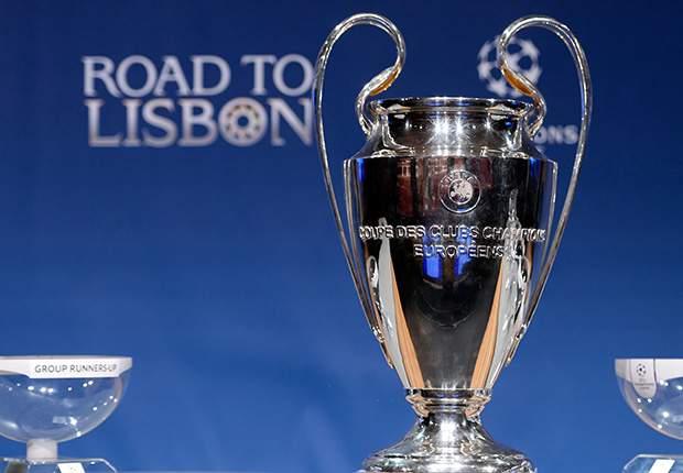 Das Objekt der Begierde: der Champions-League-Pokal