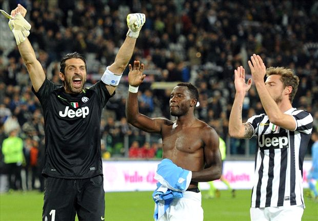 Asamoah with one of his Juve favourites Buffon