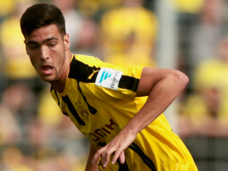 Newcastle land Merino on loan from Borussia Dortmund