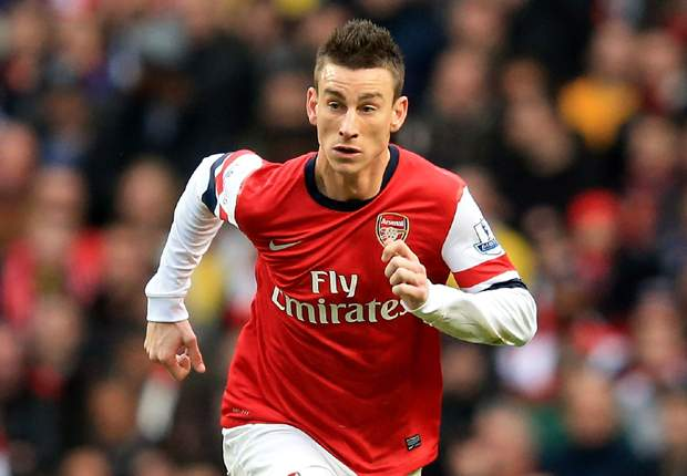 Koscielny signs new long-term Arsenal contract