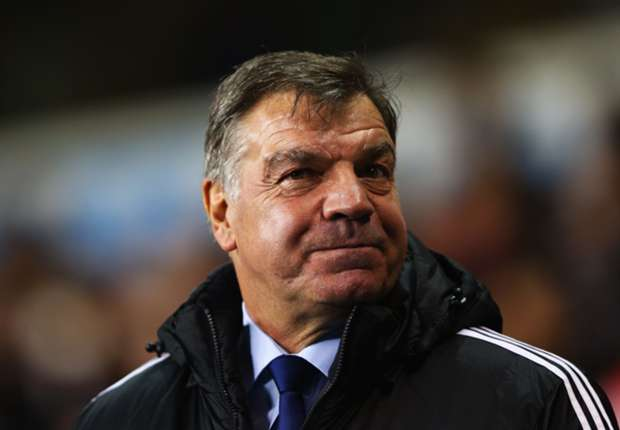 Allardyce: West Ham must expose Manchester United's frailties