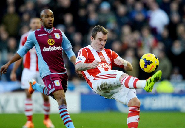 Stoke City 2-1 Aston Villa: Crouch strike sees Potters leapfrog Lambert's men