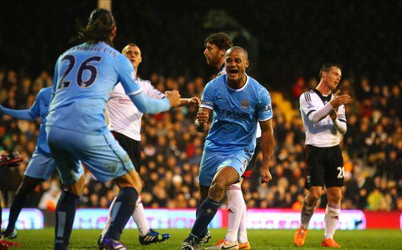 Vincent Kompany Martin Demichelis Fulham Manchester City Premier League 12212014