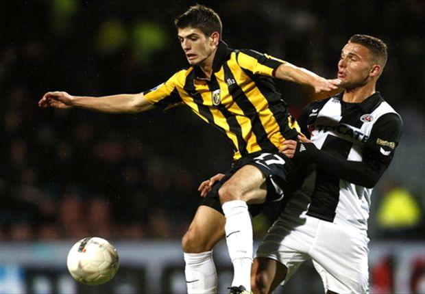 Piazon was opnieuw trefzeker voor Vitesse