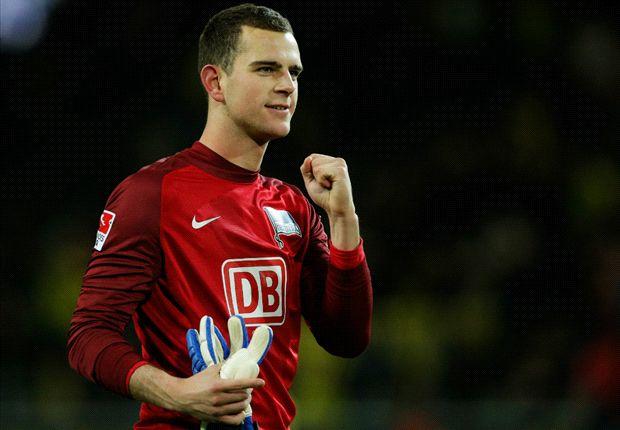 Gegen Dortmund feierte er sein Debüt: Marius Gersbeck