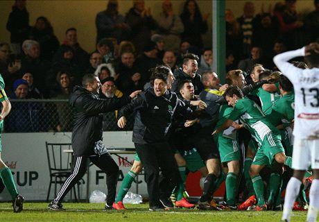 FFA Cup: Gully upset Mariners