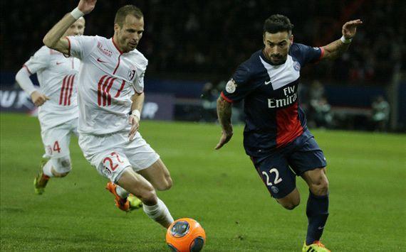 Ezequiel Lavezzi David Rozenhal PSG Lille 12222013