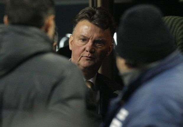 Van Gaal confirms Tottenham approach