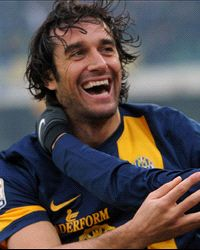 Luca Toni, Italy International