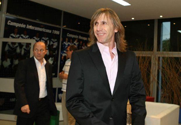 Gareca elegiría entre Racing y Palmeiras.