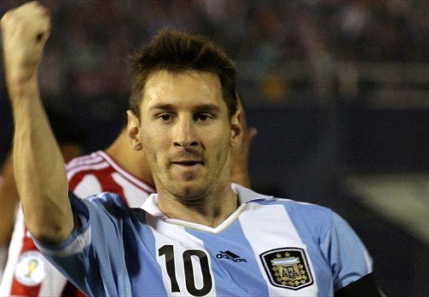 Jamie Carragher Ingin Lihat Lionel Messi Angkat Tofi Piala Dunia 2014