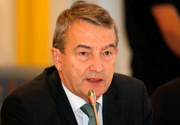 DFB-Präsident Wolfgang Niersbach setzt sich für den Amateurfußball ein