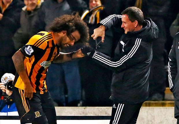 Extra Time: Hull to auction off Huddlestone's hair