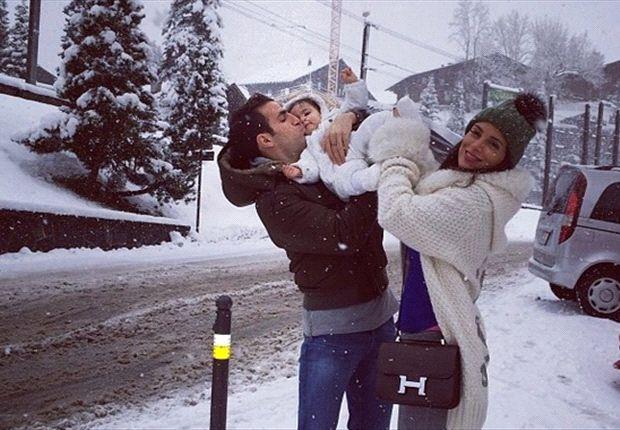 Cesc Fàbregas, en la nieve con Daniella