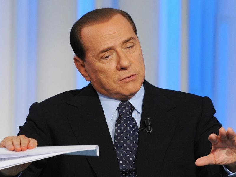 Closing Milan, Berlusconi tranquillizza tutti: I soldi ci sono, è colpa della burocrazia