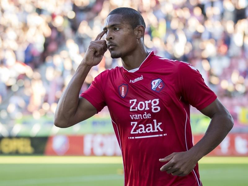 Calciomercato Lazio, cercasi attaccante: piace Haller dell'Utrecht