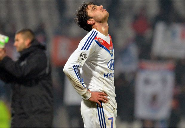 Grenier turns down Newcastle to stay at Lyon, says agent