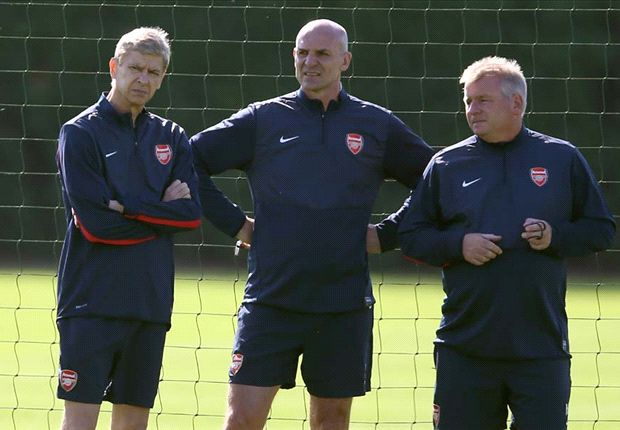 Wenger's backroom team agree two-year Arsenal extensions