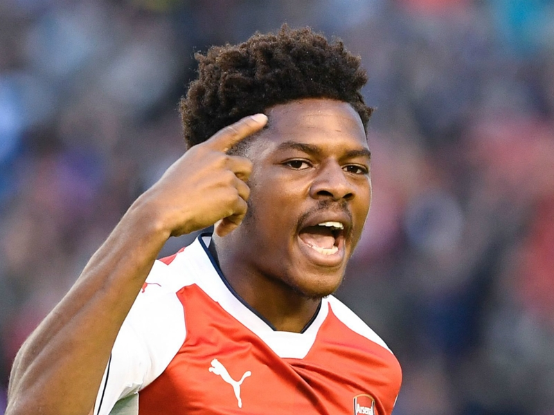 VIDEO: Arsenal starlet Chuba Akpom shows off his skills
