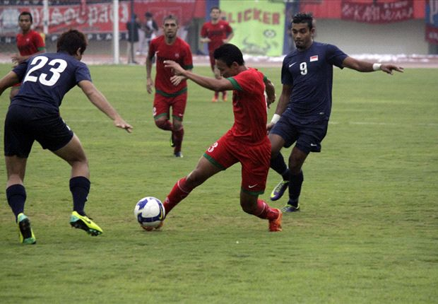 The LionsXII fought hard but could not prevent defeat.