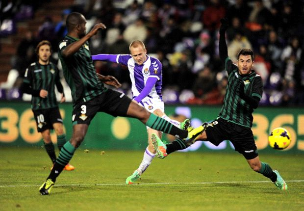 El Granada hace oficial el fichaje de Daniel Larsson