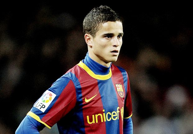 Afellay leaves Barcelona for Olympiakos on loan