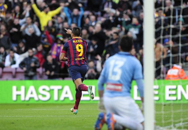 Barcelona 4-0 Elche: Alexis treble secures emphatic win