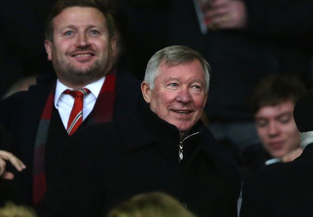 Manchester United not harmed by Ferguson attending games, insists Moyes