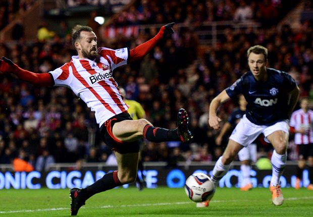 Sunderland's Fletcher out for rest of season, says Poyet