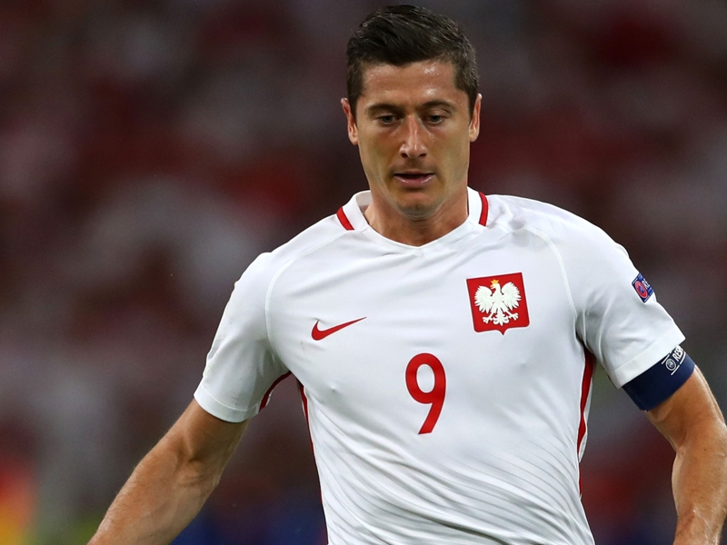 Pologne, et de huit pour Lewandowski !