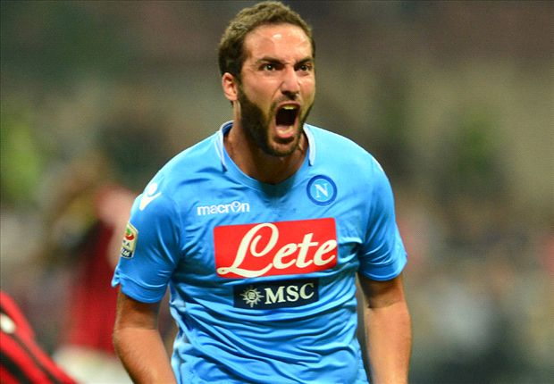 Higuain would welcome 'warrior' Mascherano at Napoli