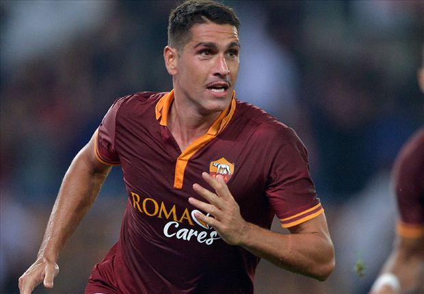 Roma striker Borriello joins West Ham on loan