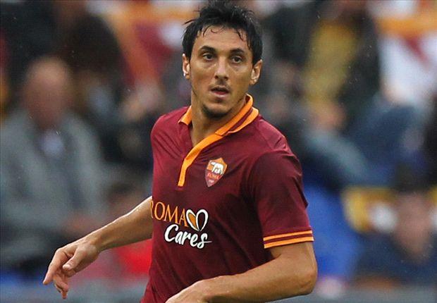 Burdisso cambiará por tercera vez de camiseta en la Serie A.