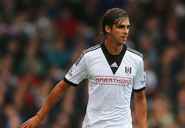 Fulham forward Ruiz joins PSV on loan
