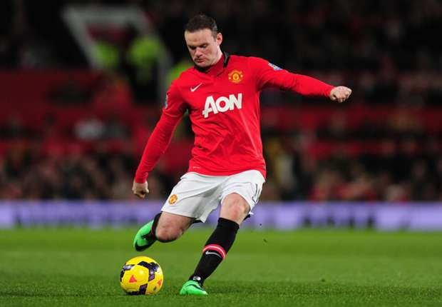 Rooney returns to Manchester United as Moyes considers risking him for Chelsea clash