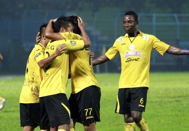 Arema bertemu Persija di laga terakhir zona Jawa-2 Inter Island Cup 2014.