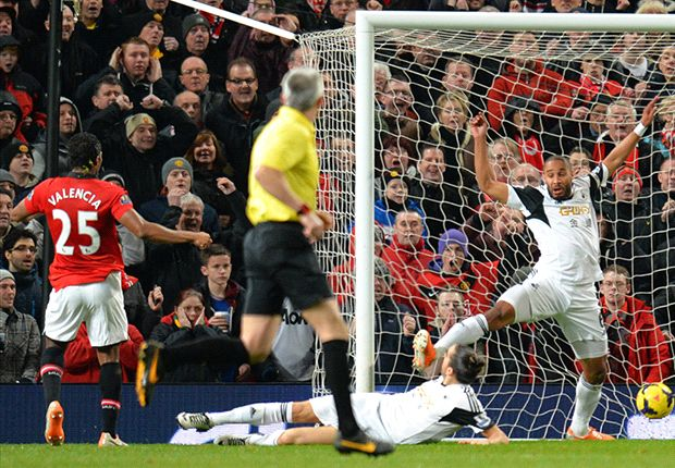 Antonio Valencia, en el comienzo del complemento, puso en ventaja al United.