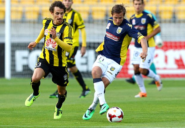 Wellington Phoenix 1-1 Central Coast Mariners: Penalty miss gifts Phoenix draw
