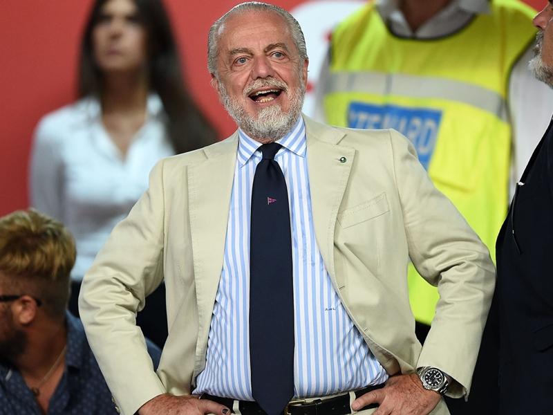 "De Laurentiis : ""Maradona va devenir ambassadeur de Naples dans le monde entier"""